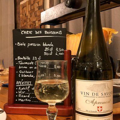 Cuisine/restaurant vin blanc savoie raclette